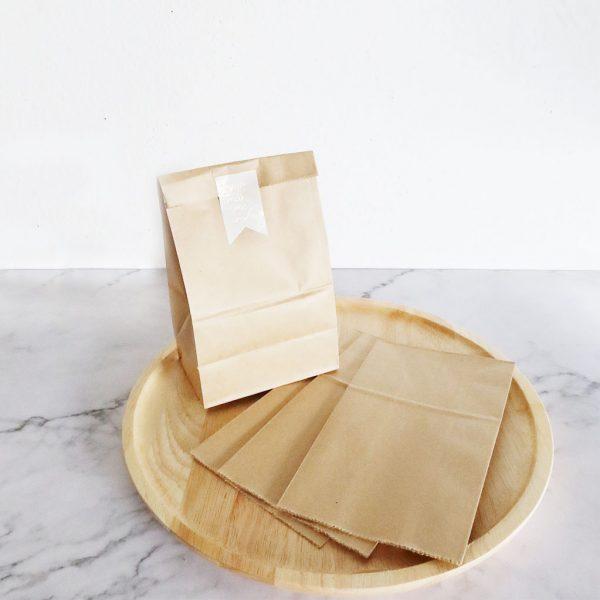 ถุงกระดาษคราฟท์ สีน้ำตาล XS-2